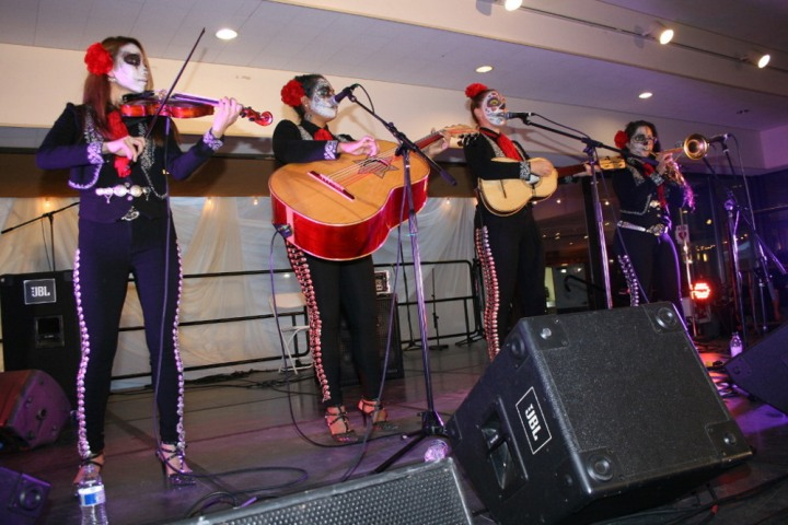 mariachi-flor-de-toloache